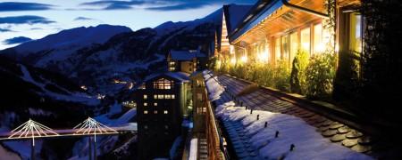 04683 EXTERIOR hotel